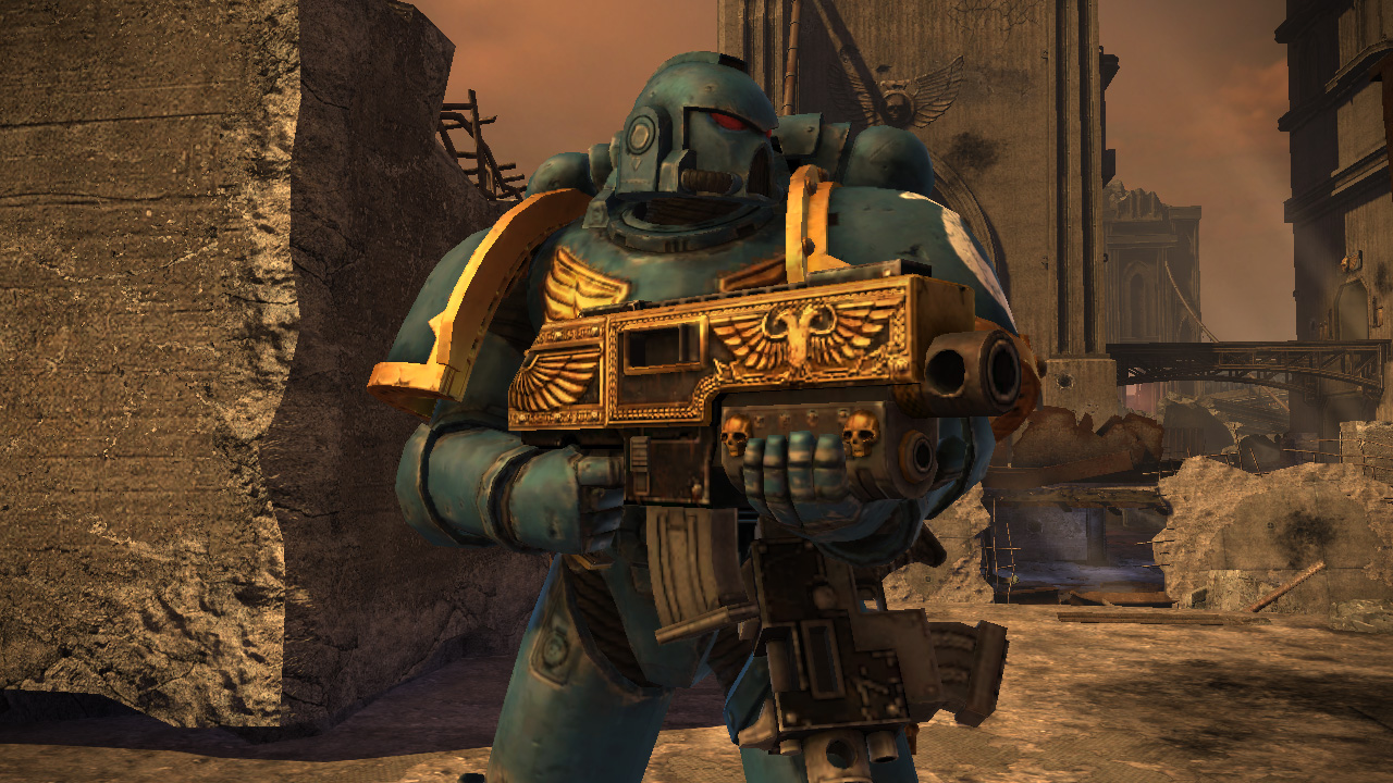 Warhammer 40,000: Space Marine - Golden Relic Bolter screenshot