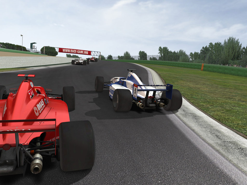 RACE 07: Andy Priaulx Crowne Plaza Raceway (Free DLC) screenshot
