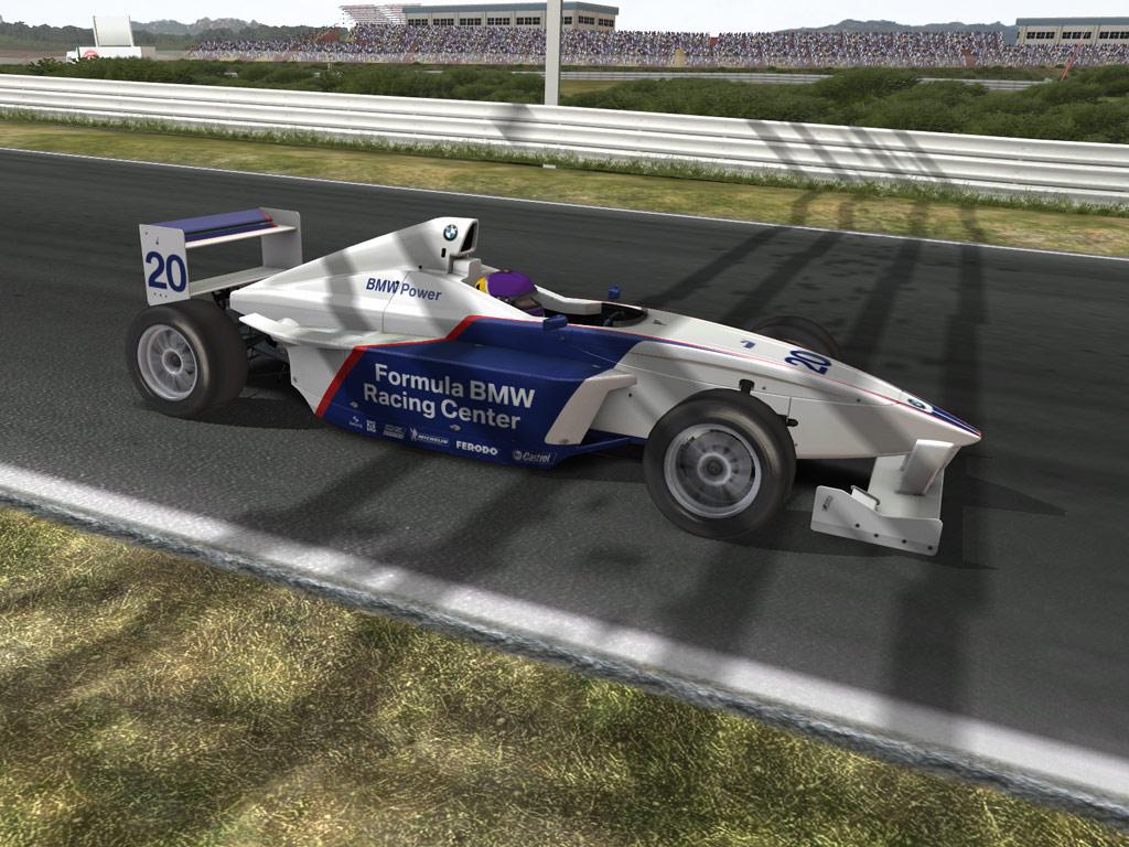 RACE 07: Andy Priaulx Crowne Plaza Raceway (Free DLC) screenshot