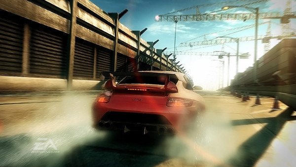 Скриншот №2 к Need for Speed Undercover